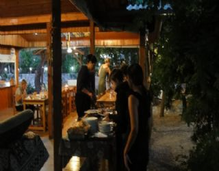 Queue for dinner at Saban Pension - the food was absolutely delicious